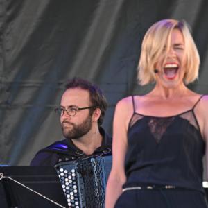 photo d'Aurore Bucher sur scène lors des Rencontres Musicales de Vézelay